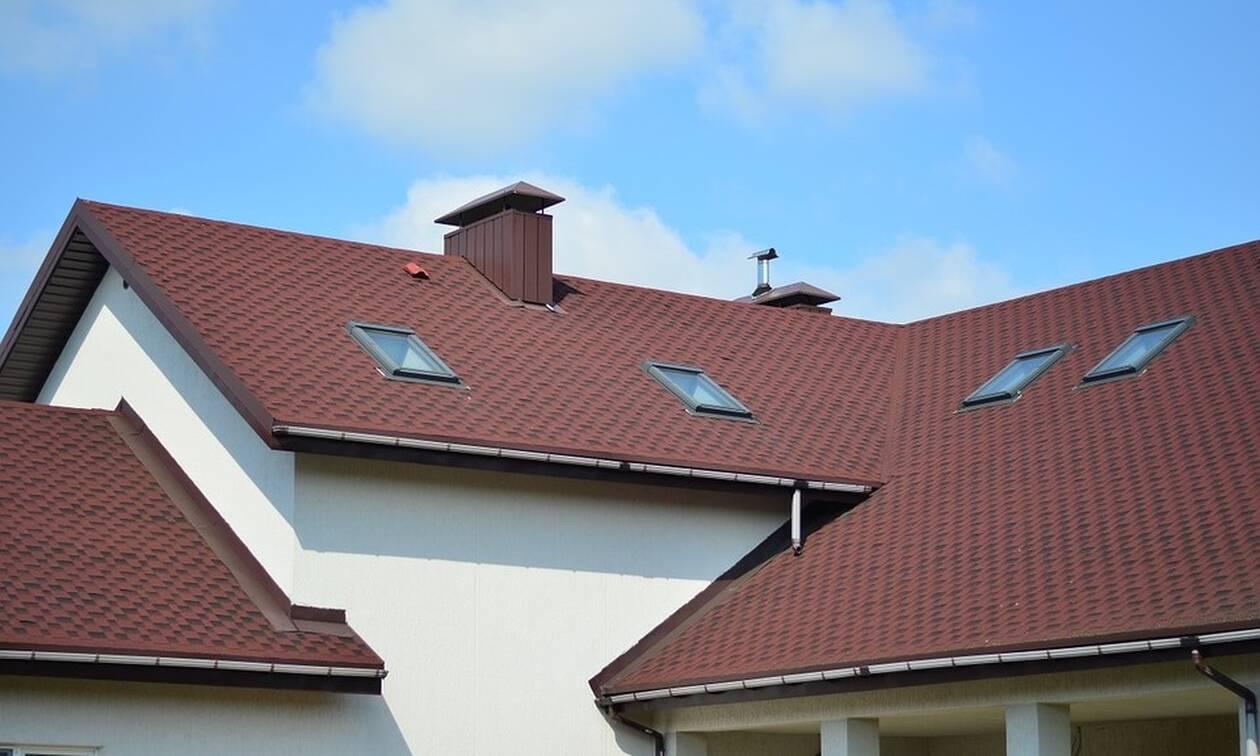 Απίστευτο: Δείτε τι βρέθηκε στην οροφή σπιτιού – Έπαθαν όλοι ΣΟΚ με αυτό που είδαν (pics)