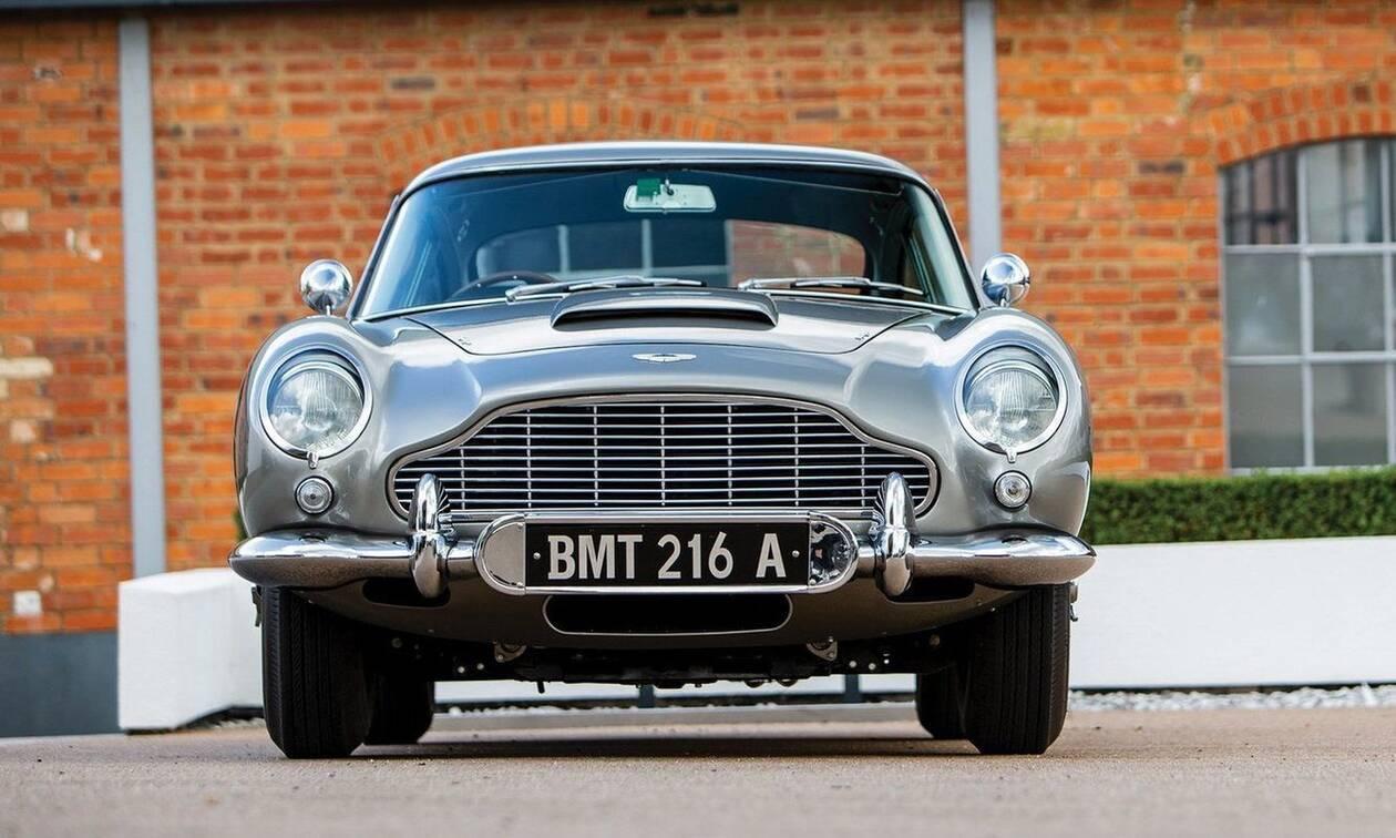 Πόσο λέτε ότι πουλήθηκε η Aston Martin DB5 του James Bond από την ταινία Goldfinger;