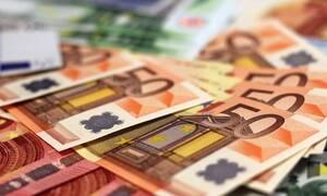 Μπαράζ πληρωμών τις επόμενες ημέρες: Τελειώνει ο μήνας με γεμάτες τσέπες