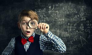 Πώς μπορεί ο γονιός να βοηθήσει το παιδί του όταν αλλάζει σχολείο;