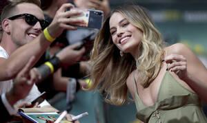 Πώς η Margot Robbie έγινε μέσα σε ένα καλοκαίρι η νέα αγαπημένη του Hollywood