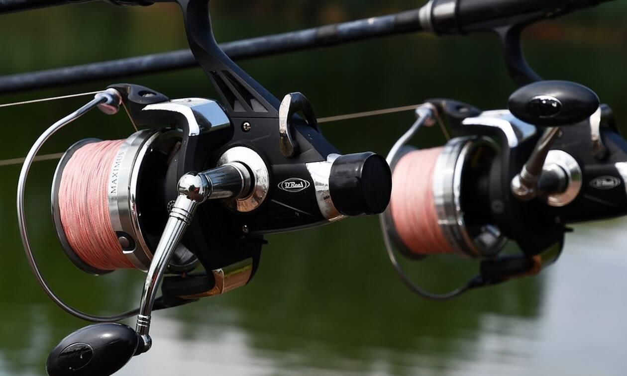 Απόκοσμο πλάσμα: Έβγαλαν ψάρι - «τέρας» σε λίμνη της Νέας Υόρκης (pics)