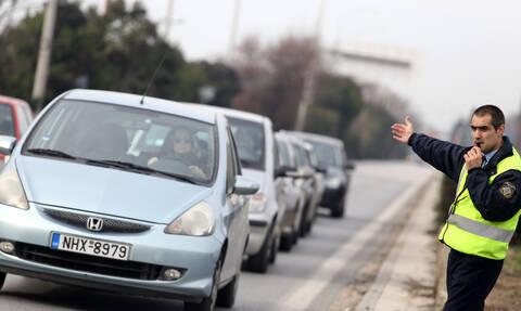 Κόρινθος: Ουρές χιλιομέτρων στην Εθνική οδό Κορίνθου -Τριπόλεως λόγω τροχαίου
