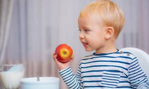 Πώς θα καταλάβω ότι το μωρό μου είναι αλλεργικό σε κάποια τροφή; (pics)