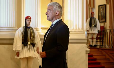 Με ένα βίντεο -και στα ελληνικά- συστήνεται ο νέος Γερμανός πρέσβης στην Αθήνα