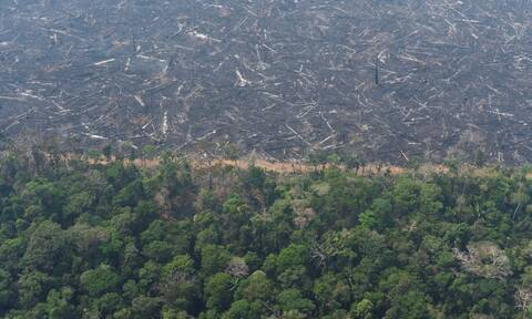Μακρόν: Ο Αμαζόνιος χρειάζεται καλύτερη διαχείριση