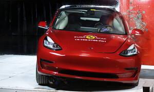 Σε τρακάρισμα με ηλεκτρικά αυτοκίνητο ο κίνδυνος είναι η ανάφλεξη της μπαταρίας