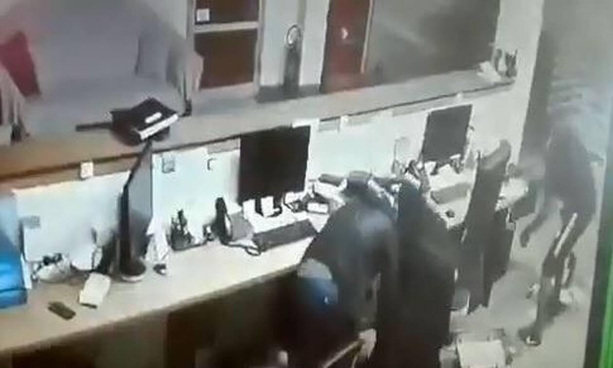 Θεσσαλονίκη: «Οι ληστές με χτυπούσαν με λοστούς» – Σοκάρει ο φύλακας μέσα από το νοσοκομείο (vids)