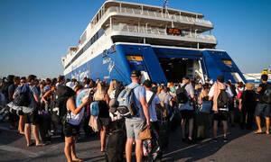 Η μαρτυρική ρουτίνα του ταξιδιού με Πλοίο που ζήσαμε για άλλο ένα καλοκαίρι
