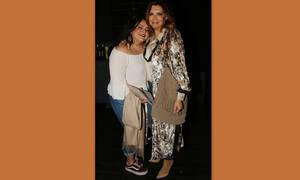 Μιμή Ντενίση: Έχεις δει την κόρη της Μαριτίνα με μαγιό; (Photos)