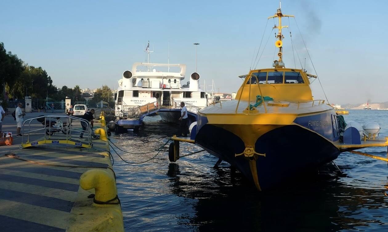 Hydrofoil returns to Piraeus due to engine trouble