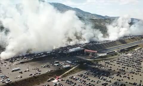 Δείτε στο βίντεο 170 αυτοκίνητα να κάνουν ταυτόχρονα burn out!