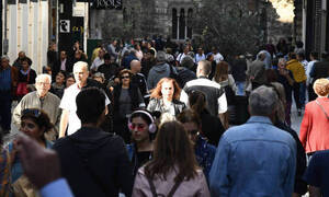 Греческое правительство изменит закон о графике работы магазинов