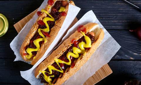 Δες τι έκανε για ένα hot dog
