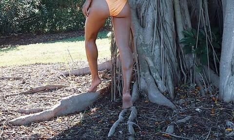Βγήκε με τα εσώρουχα στο δάσος! (pics)