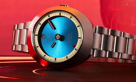 Αυτό το ρολόι πήγε μέχρι το φεγγάρι και επέστρεψε!