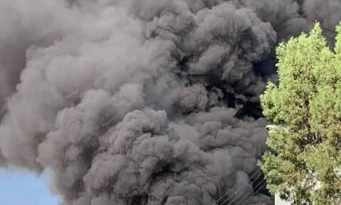 На Кипре в результате пожара на заводе погиб рабочий