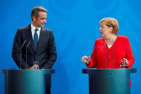 Απίστευτη αντίδραση της Μέρκελ όταν ο Μητσοτάκης μίλησε γερμανικά! (vid)