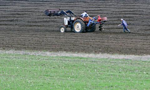 EE: Νωρίτερα οι άμεσες ενισχύσεις για τους αγρότες - Πότε θα καταβάλλονται