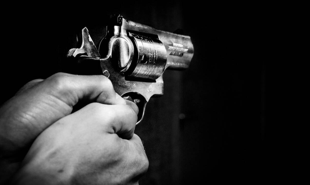 Κρήτη: 12 σφαίρες εναντίον επιχειρηματία