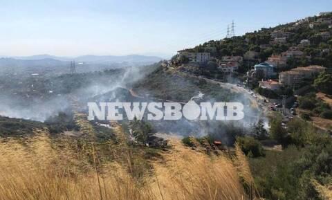 Φωτιά ΤΩΡΑ στην Πεντέλη - Συναγερμός στην Πυροσβεστική (pics+vid)