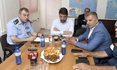 Το Ενιαίο Συντονιστικό Κέντρο Επιχειρήσεων του Πυροσβεστικού Σώματος επισκέφθηκε ο Γιώργος Πατούλης