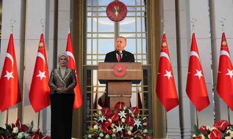 «Είμαστε έτοιμοι να κάνουμε ότι και το '22»: Απειλές Ερντογάν με αναφορά στη Μικρασιατική Καταστροφή