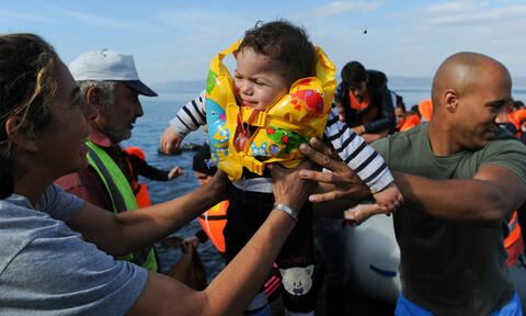 Καραβάνια προσφύγων από Τουρκία στα ελληνικά νησιά - Κρίσιμο ΚΥΣΕΑ στο Μαξίμου