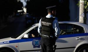 Συναγερμός στην ΕΛ.ΑΣ.: 15 κρατούμενοι στη μέση της Αθηνών - Λαμίας