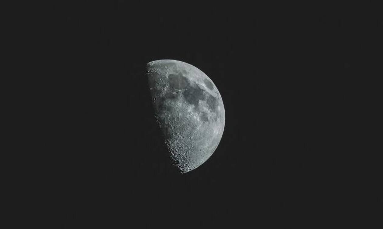 Απίστευτη ανακάλυψη: Δείτε τι βρήκαν οι επιστήμονες στην Σελήνη (pics)