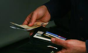 Πληρωμές με κάρτα: Ποιες αλλαγές θα γίνουν από 14/9