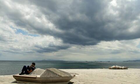 Αλλάζει ο καιρός: Με ζέστη, καταιγίδες και χαλάζι η Δευτέρα (pics)
