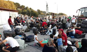 Citizen Protection Min aims to transfer 1,500 asylum seekers from Mytilene