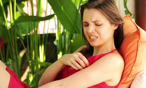 Γιατί τσιμπάνε εσένα τα κουνούπια και όχι τους άλλους;