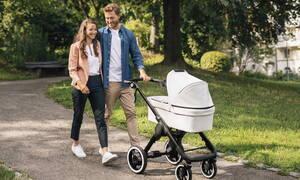 H Bosch εξέλιξε ηλεκτροκίνητο καροτσάκι για μωρά