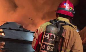 Καλιφόρνια: Τραγωδία δίχως τέλος - Στους 25 οι νεκροί από τη βύθιση τουριστικού πλοίου