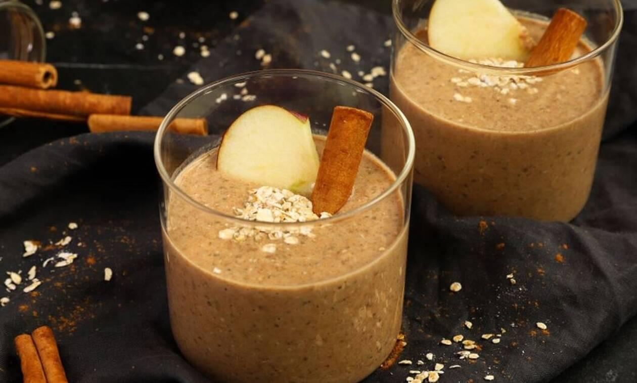 Σήμερα θα φτιάξετε δροσιστικό smoothie με μήλο και βρώμη