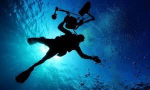 Φρικτό ατύχημα για ψαροντουφεκά: Το καμάκι διαπέρασε το κεφάλι του (ΣΚΛΗΡΕΣ ΕΙΚΟΝΕΣ)