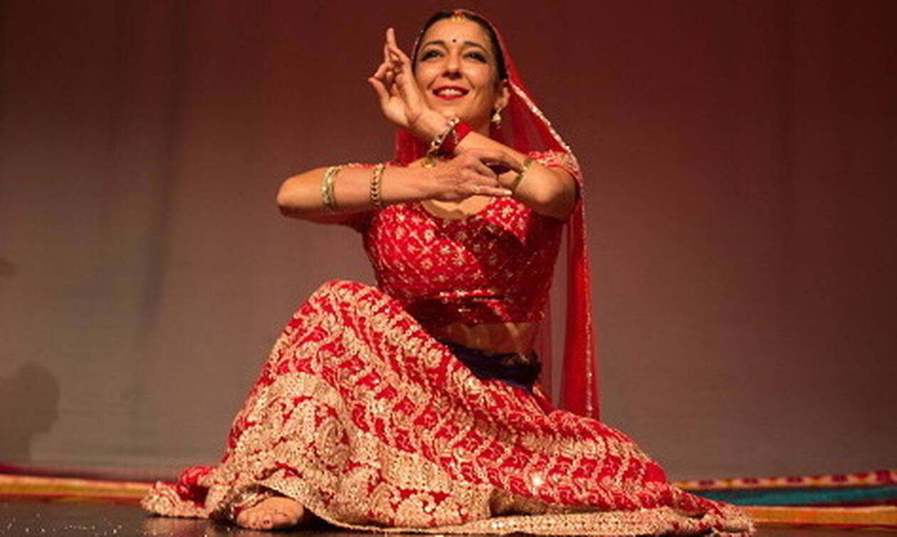 Θεσσαλονίκη: Αυτή η «νεράιδα» αφηγείται μύθους και παραμύθια της Ινδίας