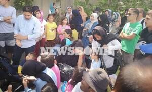 ΤΩΡΑ: Κλειστος ο παράδρομος της Αθηνών – Λαμίας λόγω συγκέντρωσης μεταναστών