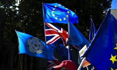 Βρετανία: 2,2 δισ. ευρώ επιπλέον στον προϋπολογισμό για το Brexit