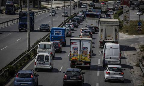 «Κόλαση» οι δρόμοι της Αθήνας - Μποτιλιάρισμα παντού