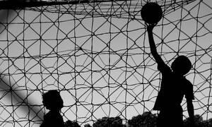 Παγκόσμιος σάλος: Πασίγνωστος διεθνής ποδοσφαιριστής ύποπτος για παιδική πορνογραφία