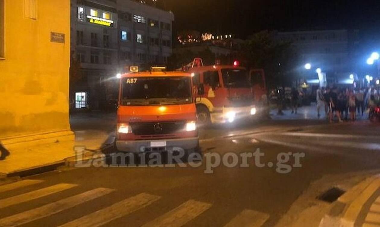 Συναγερμός για φωτιά στην Μητρόπολη Λαμίας (pics)
