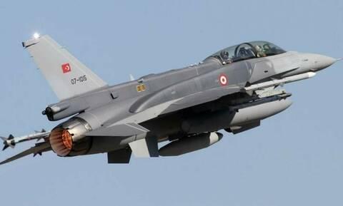 «Σουρωτήρι» και πάλι το Αιγαίο: 33 παραβιάσεις από τουρκικά αεροσκάφη