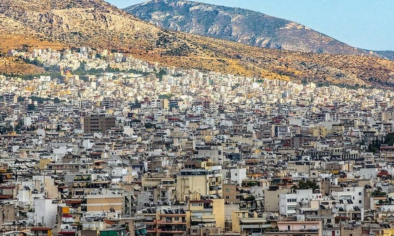 FT: Καταστρέφουν οι επενδυτές του Airbnb την Αθήνα;