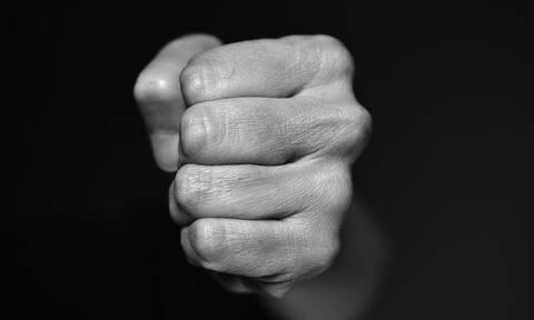 Σοκ στην Κύπρο: Νεκρός 14χρονος – Καταγγελίες για ενδοοικογενειακή βία