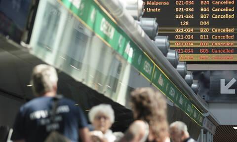 Παραλύουν οι αερομεταφορές στην Ευρώπη: Ταλαιπωρία για χιλιάδες επιβάτες