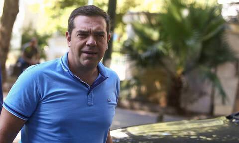 Τσίπρας: Η ΝΔ τρώει από τα έτοιμα, σαρώνει το κράτος ως λάφυρο
