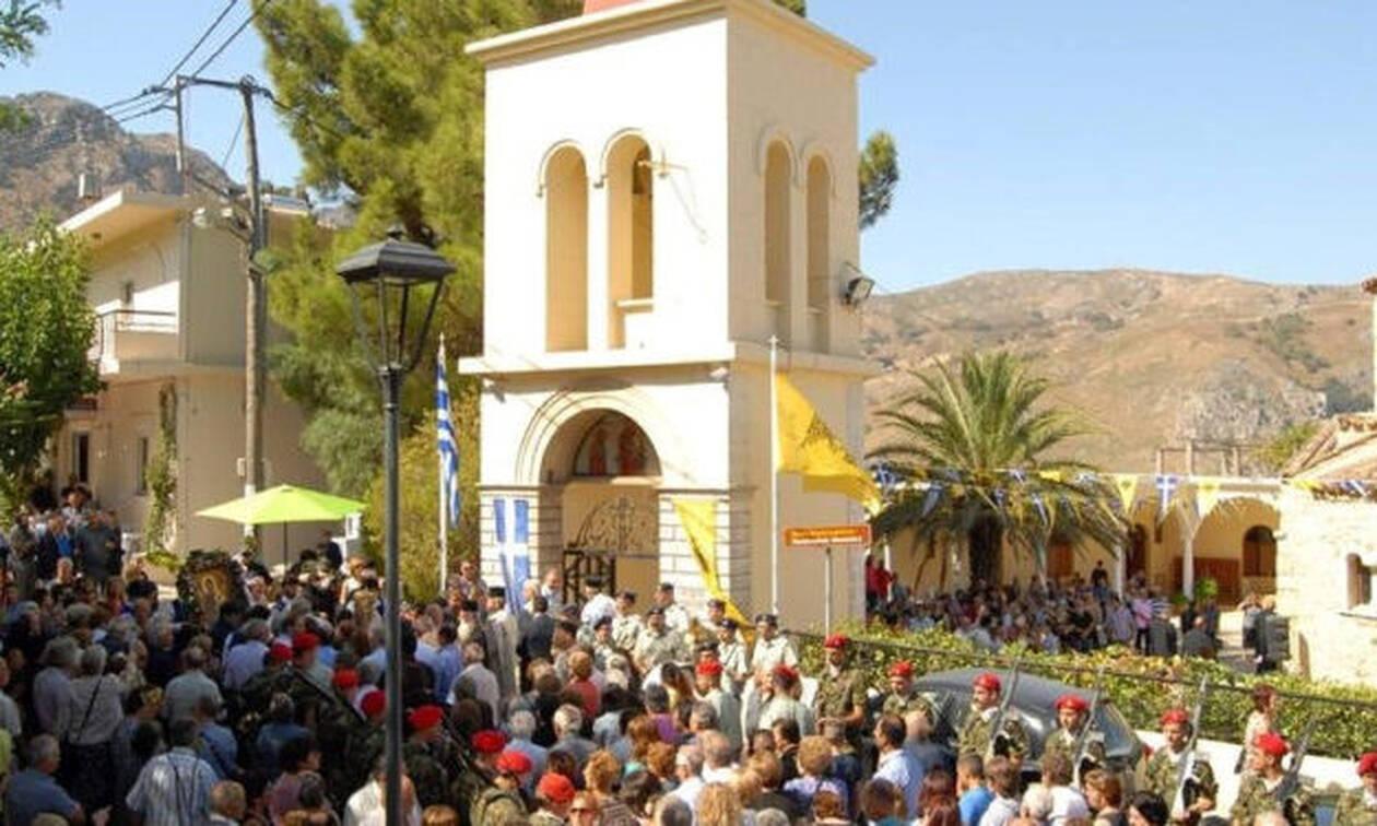 Αυτή είναι η «Τήνος της Κρήτης!» με τους χιλιάδες προσκυνητές! (vid)